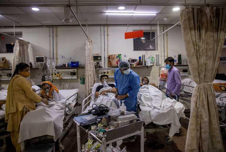 Ινδία: 45.000 νέα κρούσματα κορονοϊού σε 24 ώρες